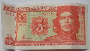 Nota de 3 CUPs, utilizada pelos cubanos, mas cobiçada pelos turistas pela face do Che